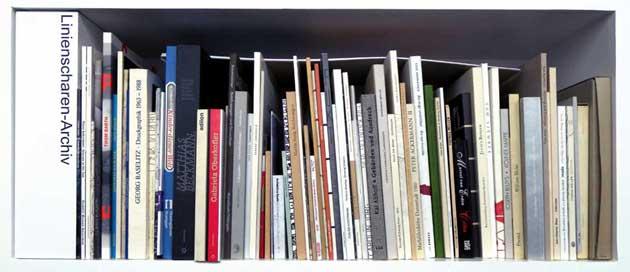 http://linienscharen.katrin-stroebel.de/files/gimgs/15_bibliothek2.jpg